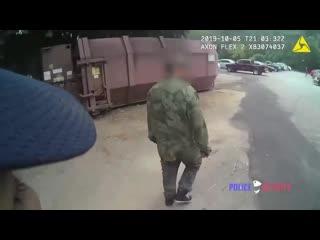 Вернемся к дискуссии о работе копов в России и США
