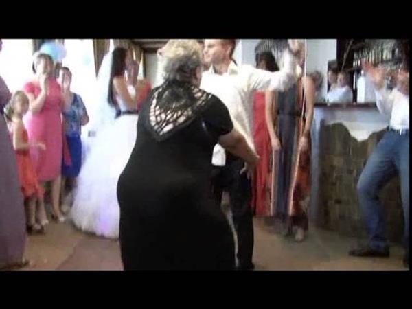 вот это жгут на свадьбе