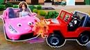 Машина Барби столкнулась с джипом пиратов. Видео про игрушки для детей