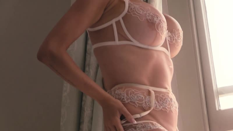 Agent Provocateur ForeverIconic - Mood 2 of 4 - Sensual Romance