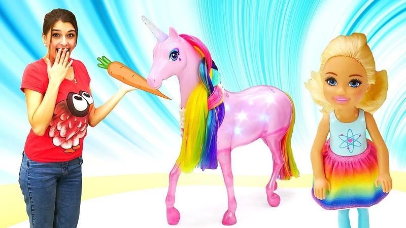 Челси ищет единорога— Куклы иигры для девочек— Ищем игрушки спомощью подсказок