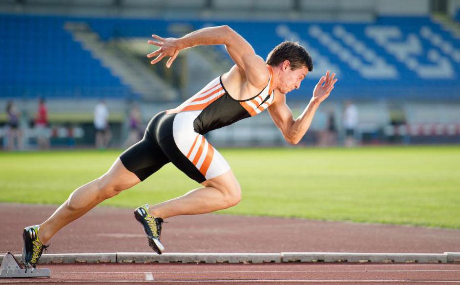 Ожидается, что помимо выполнения образовательных требований и получения сертификатов, тренеры по легкой атлетике часто занимаются спортом.