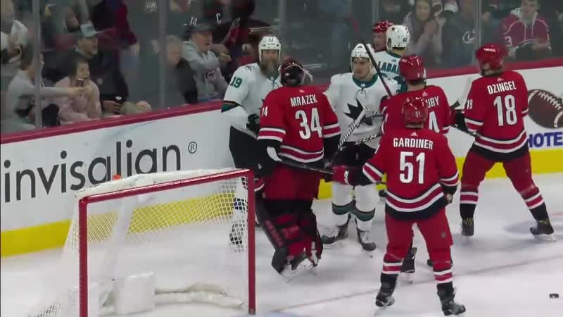 Joe Thornton Snaps And Punches Goalie Petr Mrazek In The Face Scrum Ensues