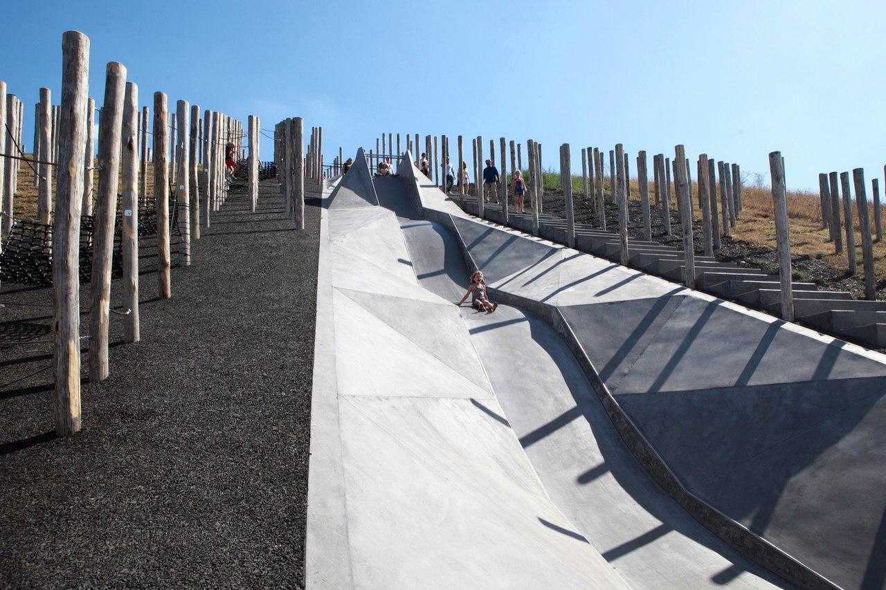 Play Landscape be-MINE / Carve   OMGEVING