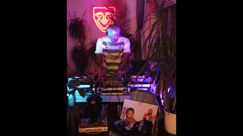 Bonbon Kojak Boiler Room Streaming From Isolation with Moonshine