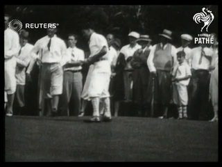 USA / GOLF: Yankee Golf team winning the Walker Cup trophy in Illinois (1928)