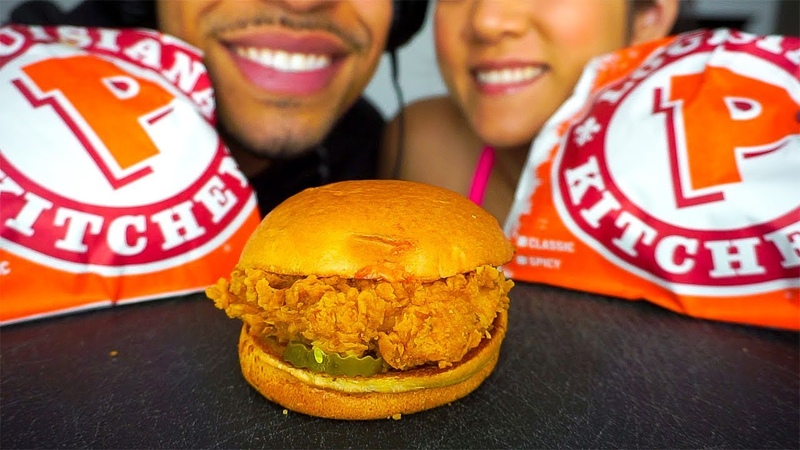 ASMR POPEYES SPICY CHICKEN SANDWICH EATING SHOW *THE EAT FAST CHALLENGE* MUKBANG WIFE NO TALKING