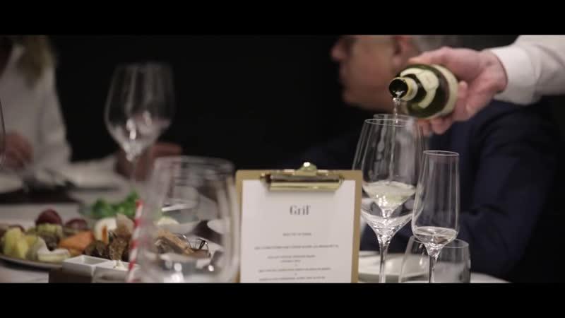 Ресторан GRIL в отеле Hilton Saint Petersburg ExpoForum