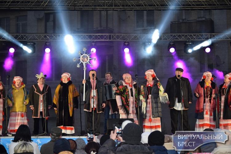 """Показываем, как в Бресте веселились на Рождество по """"старому стилю"""" 7 января 2020 года"""
