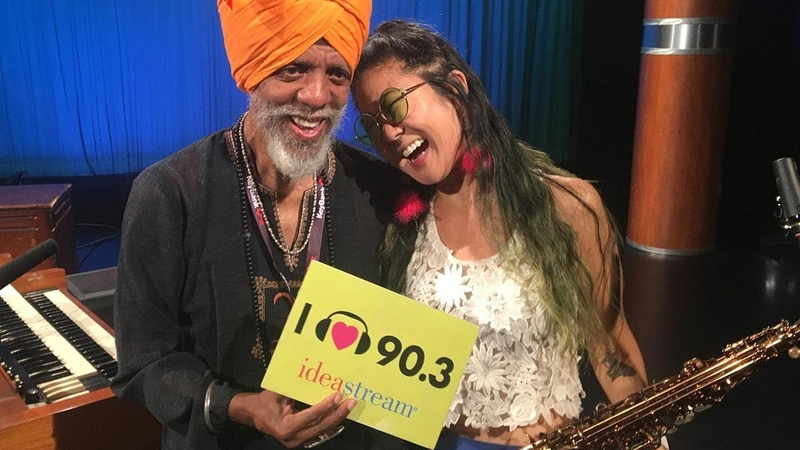 Dr Lonnie Smith and Grace Kelly Live Applause Performances
