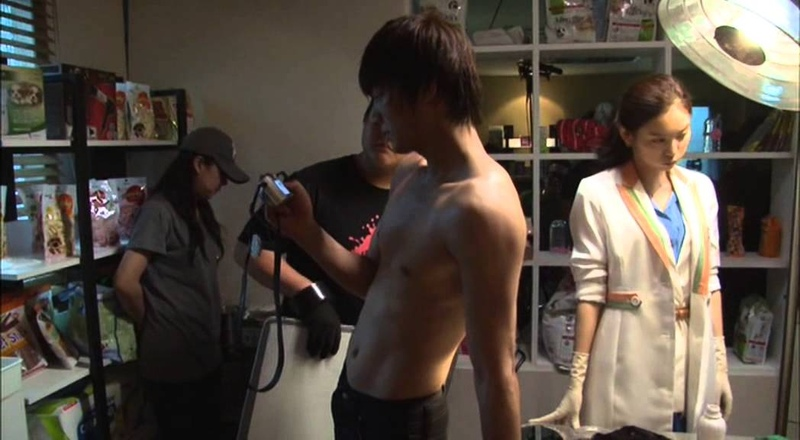City Hunter Special Making DVD ~ Lee Yun Sung push up muscle