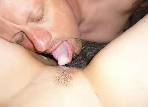 Man licks cock as itss fuckinv his wife free sex pics