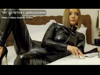 Dirty jess in black shiny pvc catsuit