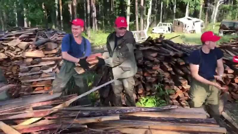 Участники «Молодежки ОНФ» помогают в наиболее удаленных районах Иркутской области.