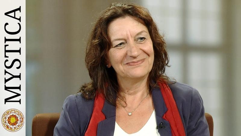 Bettina Büx Meine Berufung als Channel Medium (MYSTICA.TV)