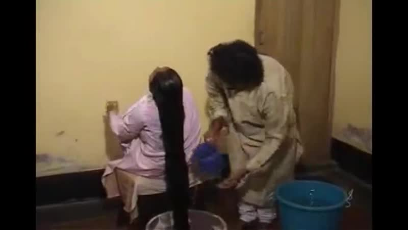Model K floor length hair washing