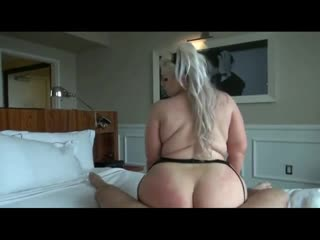 Трахнул толстую блондинку, sex milf bbw porn big ass tit fuck bang love blond mom mature pussy (Инцест со зрелыми мамочками 18+)
