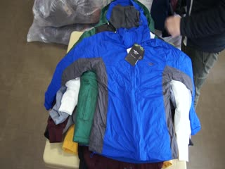 Скидка-40%%% куртки mix-new!(bench/maria torretta/pilot/mabrun/clique) вес-15 кг! цена-16,5-40%=9,9 ев/кг!