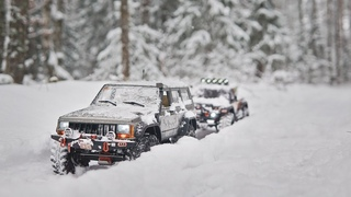 Jeep Grand Cherokee / Snow Adventure / Axial scx10 ii / RC Trophy