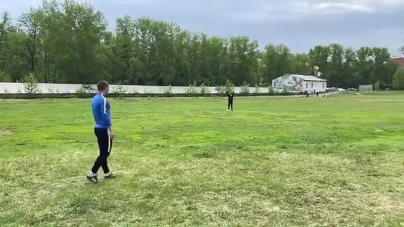 Максим Машнёв исполнил