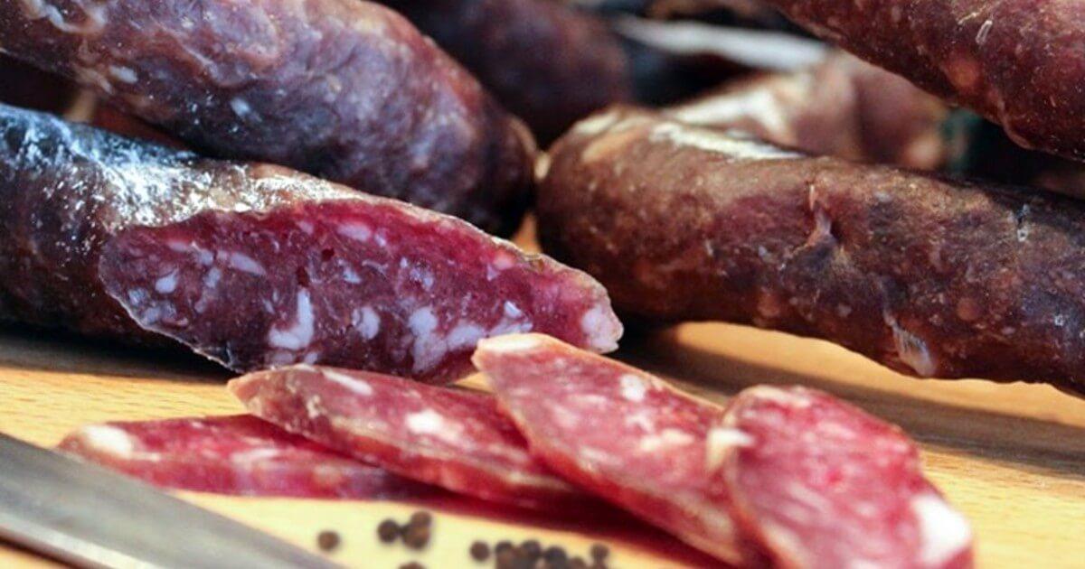 В КЧР торговали опасными мясными продуктами