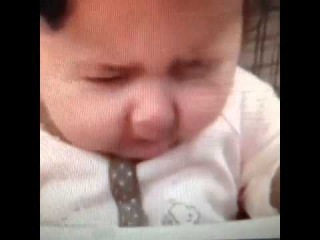 Baby Tastes Lemon For The First Time - VoiceOver Funniest/Best of Vine Videos