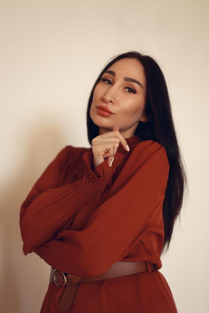 Здравствуйте, меня зовут Эсмира.Я психолог, сертифицированный арттерапевт, специ...