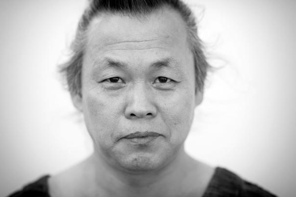 Южнокорейский режиссер Ким Ки Дук скончался в возрасте 59 лет от коронавируса