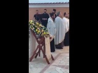 Остров Корфу - богослужение на открытом воздухе