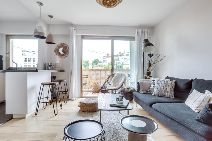 Интерьер квартиры 35 м (с балконом – 37 м) в Париже.