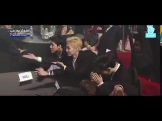 [CUT] 170222 EXO's part-time job at Award Shows