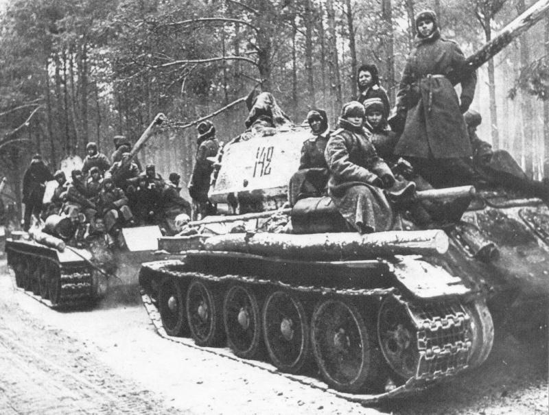 Выглядело это действо примерно так. С первого взгляда не особо внушает, но германских артиллеристов, как видим, впечатлило изрядно.