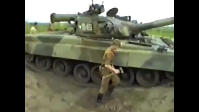 Занятия по самовытаскиванию танка