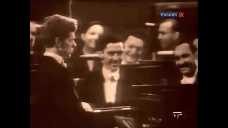 Ван Клиберн исполняет Подмосковные вечера 1958г Москва