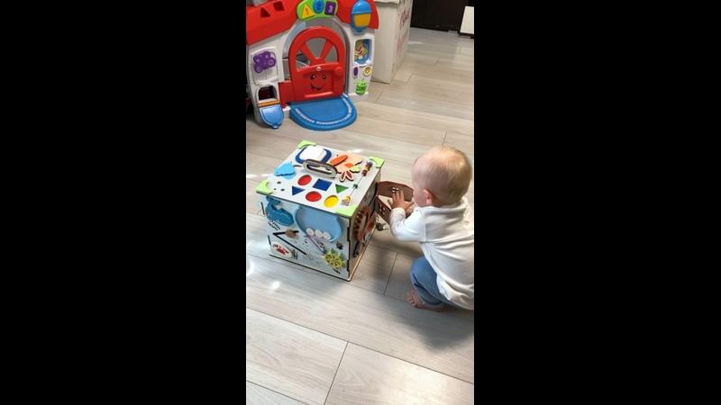 Видео от Бизиборды Развивающие игрушки