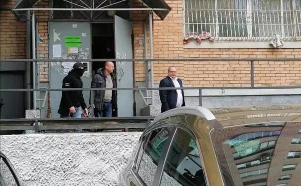 ✅ Экс-владельцу новомосковского ТЦ «Первый» предъявлено н...