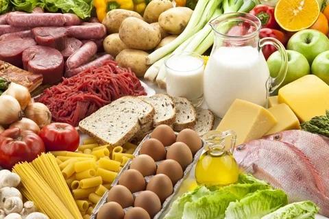 В Терской области подорожал целый ряд продуктов????  По повышениям цены лидирующие позиции заняли следующие продукты: помидоры... Тверь