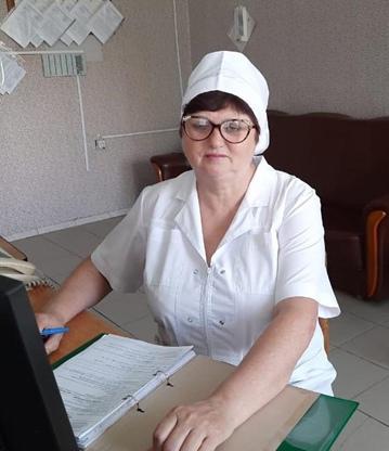 Макарова Галина Николаевна – медицинская сестра, стаж работы 37лет.