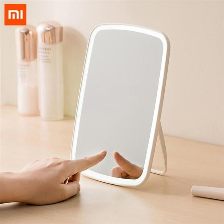 Зеркало для макияжа Xiaomi Led Makeup Mirror - 1250 руб.