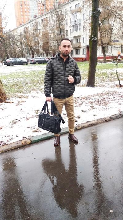 Азамат Шарипов