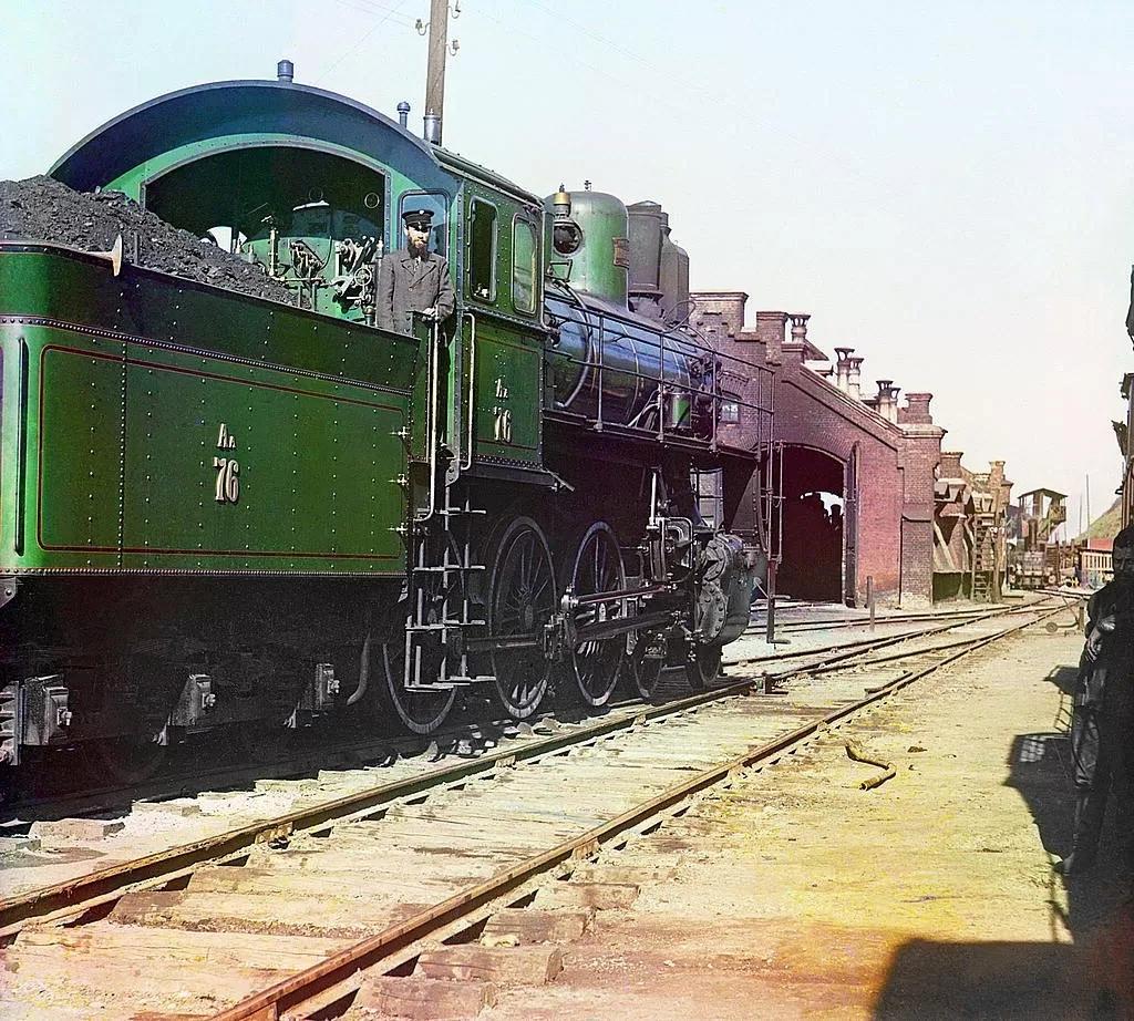 Редчайшие цветные фотографии Российской империи начала XX века QTfrzcxyPA8
