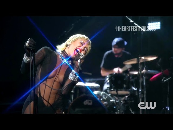 Miley Cyrus Heart Of Glass Live At IHeartRadio Music Festival 2020