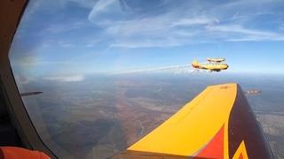 Знак свыше: самолёты написали в небе, как спастись от коронавируса