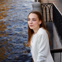 Alexandra  Meldo