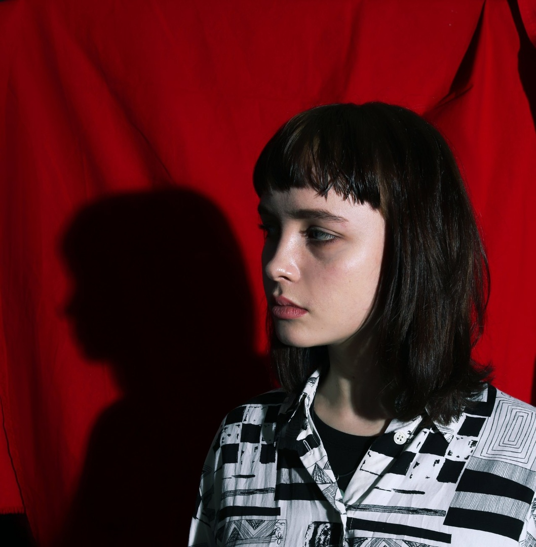 Девушка модель работы с датами работа моделью в южной корее русская девушка