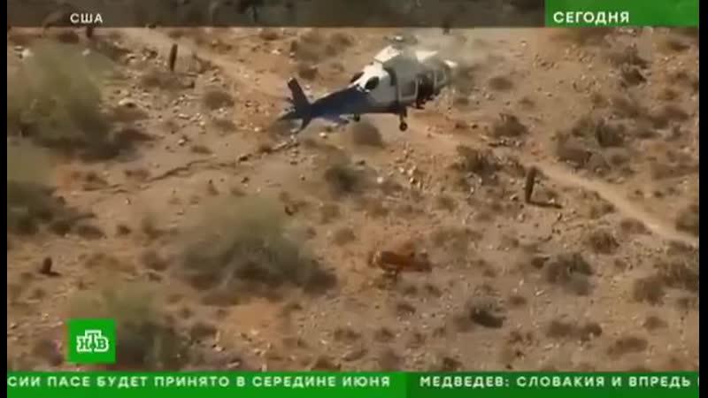 Эвакуация потерпевшей в носилках